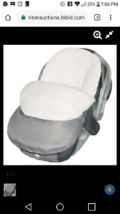 BRAND NEW NEVER OPEN BABY CAR SEAT COVER