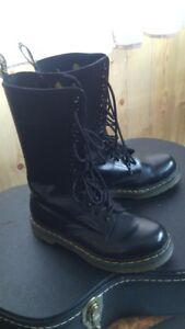 Womens Ariat Fat Baby Boots and Womens Dr.Martens (doc Martens)