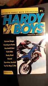 Hardy Boys book set     $15.00 Windsor Region Ontario image 1
