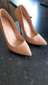 Pretty Little Thing Nude Suede Stiletto Court Shoe