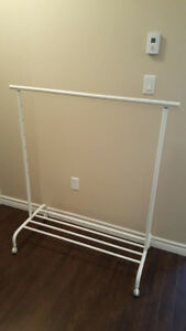 Sturdy clothes rack