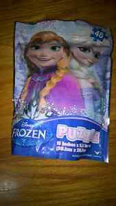 Disney Frozen 48 Pcs Puzz On the Go Jigsaw in Resealable Bag NEW