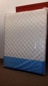 Matelas 416 Ressorts Queen  60 po Neuf à 189$ Taxes Incluses