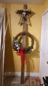 Christmas Wreath's,  Decor & Ornaments