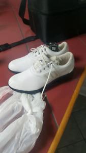 Size 6.5 women's golf shoes.