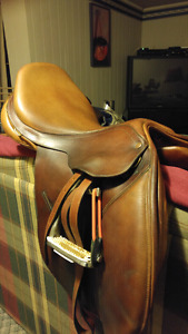 "17.5"" Bates Caprilli Close Contact Saddle for Sale"