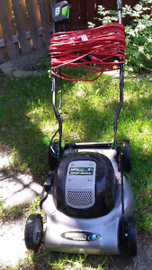 EARTHWISE ELECTRIC LAWN MOWER & 100 FOOT CHORD