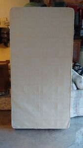 MOVING SALE twin mattress & box in good clean condition