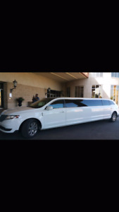 WEDDING LIMOUSINE PACKAGE  $399