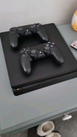 Ps4 500gb used twice with 2 dual shock controllers and 2 games