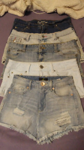 Size 4/5 Womens Shorts