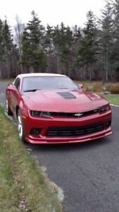 2015 Chevrolet Camero Convertable- mint condition