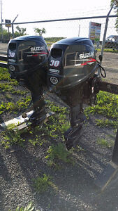 Suzuki 25HP Tiller Trim Outboard Motor Lease Returns