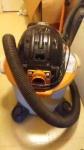 RIGID 5.0 HP SHOP VAC