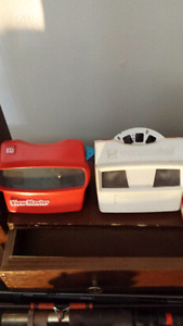 Original view master and 7 booklets for sale.