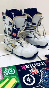 Hardly used snowboarding gear!!!