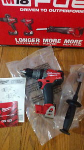 Milwaukee M18 FUEL Hammer Drill NEW Perçeuse percussion marteau