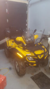 Can-Am Outlander 800 H.O. EFI XT 4x4 2009 + extras - NÉGOCIABLE