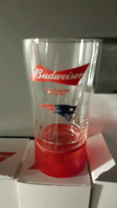 Budweiser red light touchdown glasses NEW ENGLAND  PATRIOTS