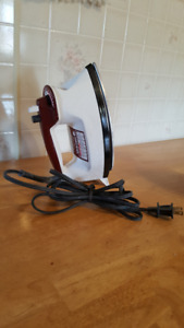 Black and Decker Light and Easy Iron