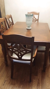 Solid wood diningroom set