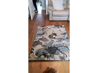 Excellent condition b&q rug