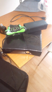 Xbox 360 manette competition ou normale