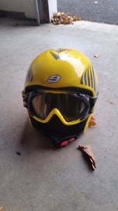 Kids ski/snowboard helmet and goggles