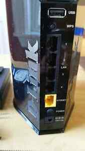 D-Link Cloud Router in excellent working and cosmetic condition. St. John's Newfoundland image 7