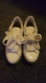 Girls white patent designer puma trainers UK 3