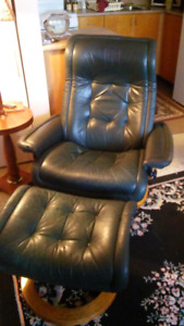 LEATHER CHAIR WITH STOOL