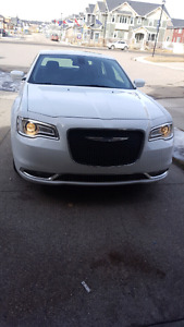priced to sell 2015chrysler 300 touring