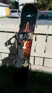 158cm Option snowboard by Joni Makinen in good condition
