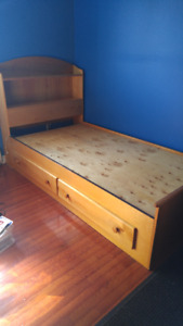 Captain's Twin bed