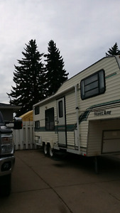 travelair 5th wheel