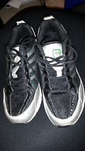 Men's Running Shoes - Never Worn