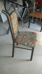 Colored wooden table with 4 matching chairs London Ontario image 3