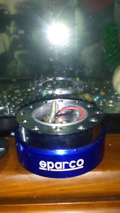 SPARCO QUICK RELEASE HUB AFTERMARKET STEERING WHEEL