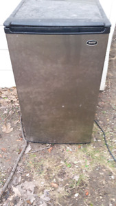 Sanyo stainless steel mini Fridge