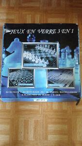 Jeux d'échecs 3 en 1 tout en verre - All glass 3 in 1 chess game