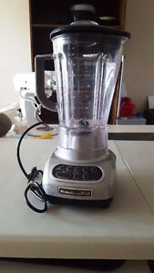 KITCHENAID 5-Speed Blender $90