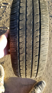 All season 185/60/R15 tires from Toyota Yaris