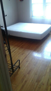 Large Room -All included/furnish November 1th (NDG)