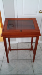 MEUBLE D'APPOINT STYLE CONSOLE