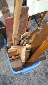 Artisanal old Wood / Free and cheap piles