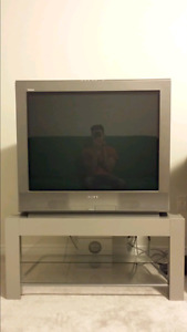 """36"""" Sony CRT TV +Stand +Remote"""
