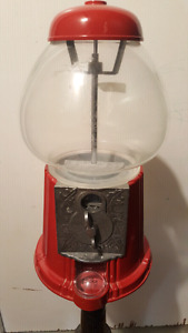 Old fashioned style gum ball/candy dispenser