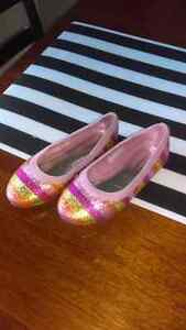 Girls size 10 ballet flats  Kitchener / Waterloo Kitchener Area image 2