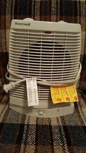 Honeywell HZ2300 Oscillating Fan Heater