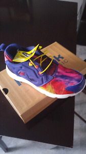 Brand New with tags in box Reebok girls 3 sneakers